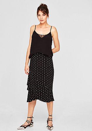 Vzorovaná sukně svolánem