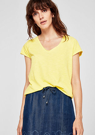Casual V-neck slub top from s.Oliver