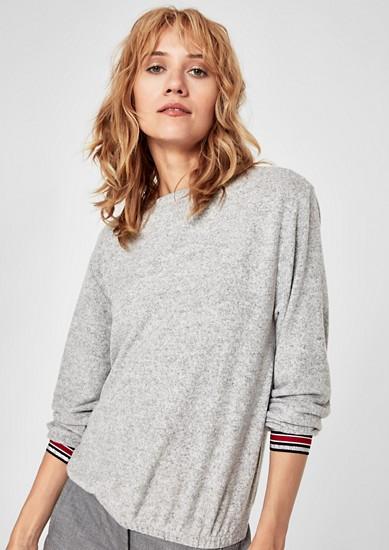 Flauschiges Shirt mit Glitzerbündchen