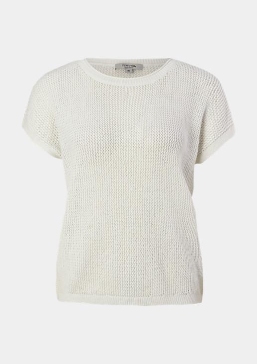 Leichter Pullover aus Bändchengarn