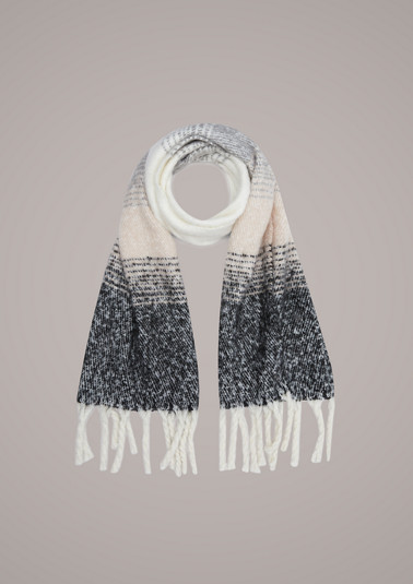 Scarf with colour graduation from comma