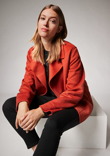 Jacket with a lapel collar from comma