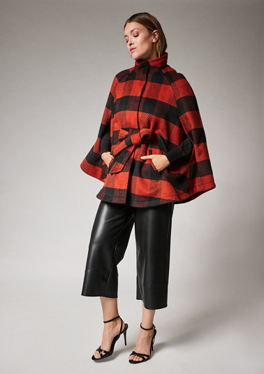 Check cape with wool from comma