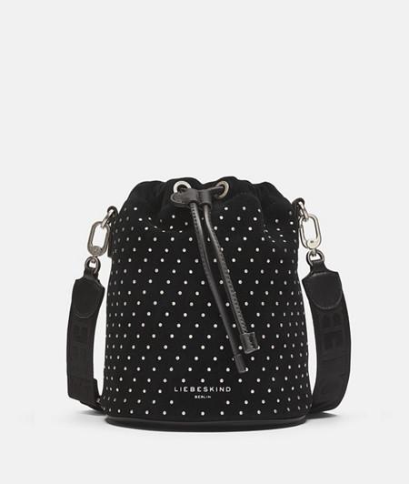Bucket Bag mit Nieten