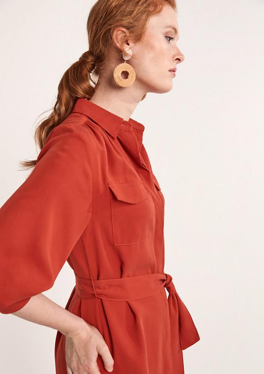Kleid mit Blusenkragen