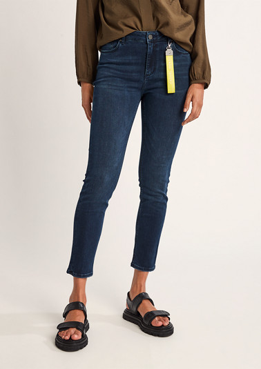 Skinny fit: jeans with a key-ring from comma