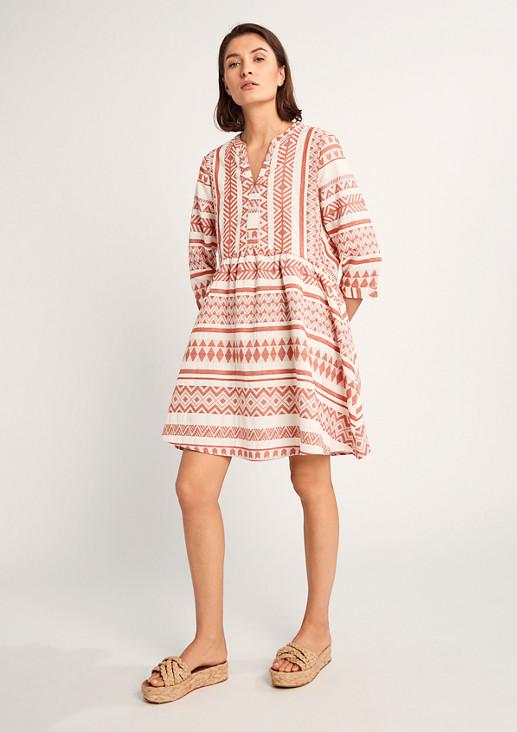 Baumwollkleid im Ethno-Stil