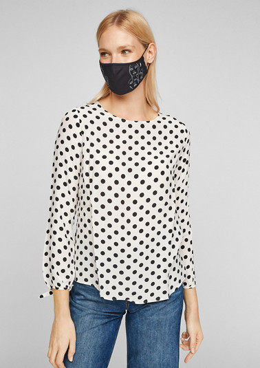 Printed mouth and nose mask from comma