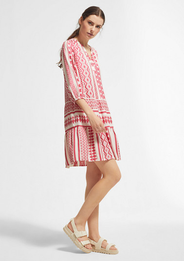 Dress with a jacquard pattern from comma