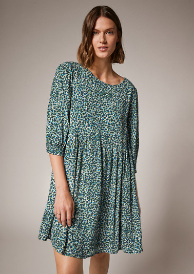 Viscose dress with an all-over print from comma