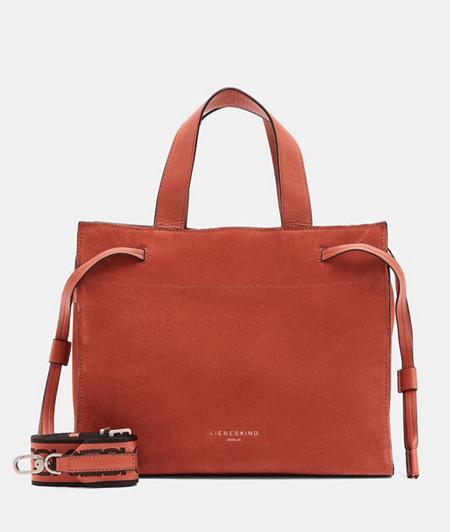Wildledertasche und Glattleder-Details