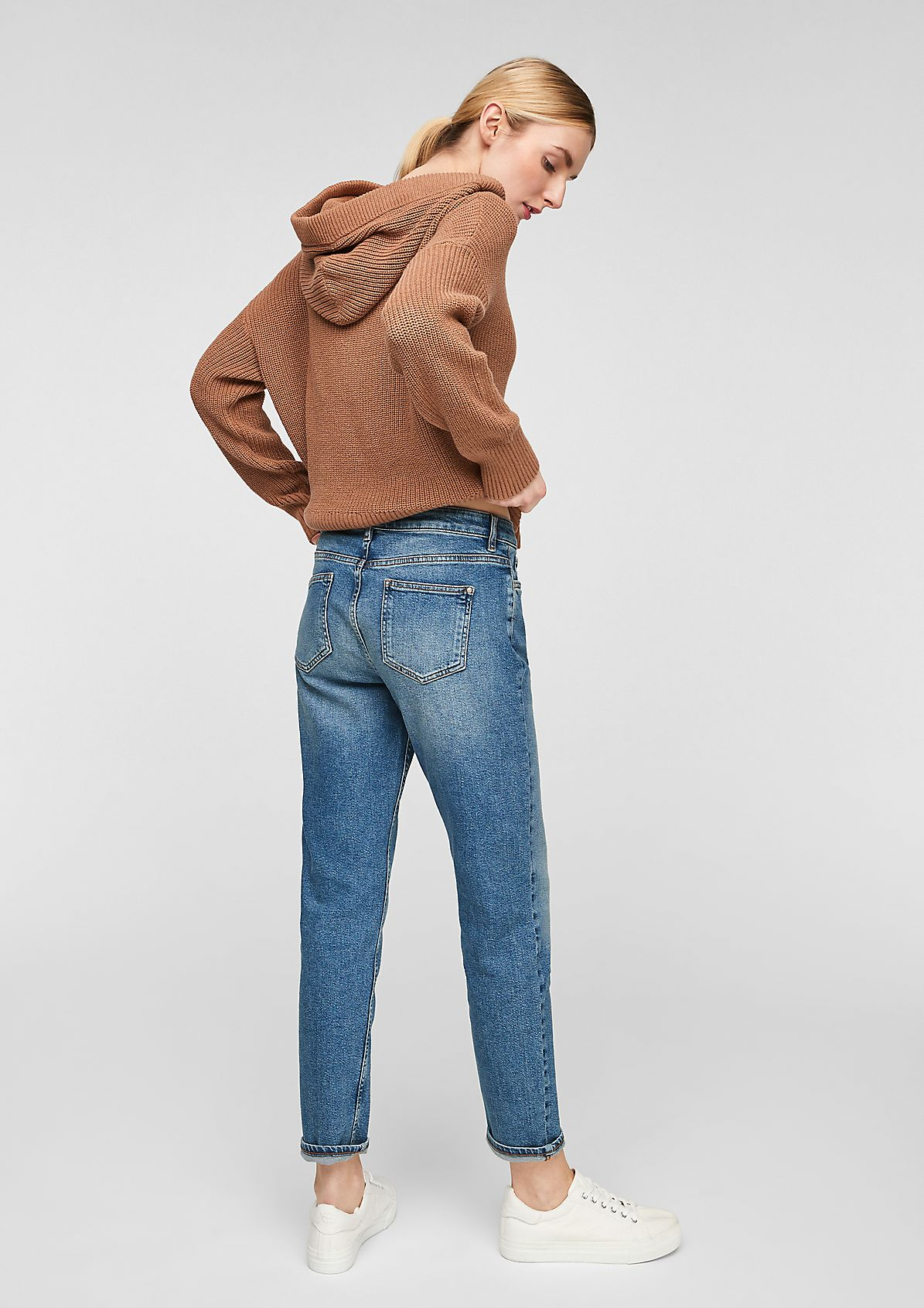 Relaxed Fit: Jeans im Used-Look
