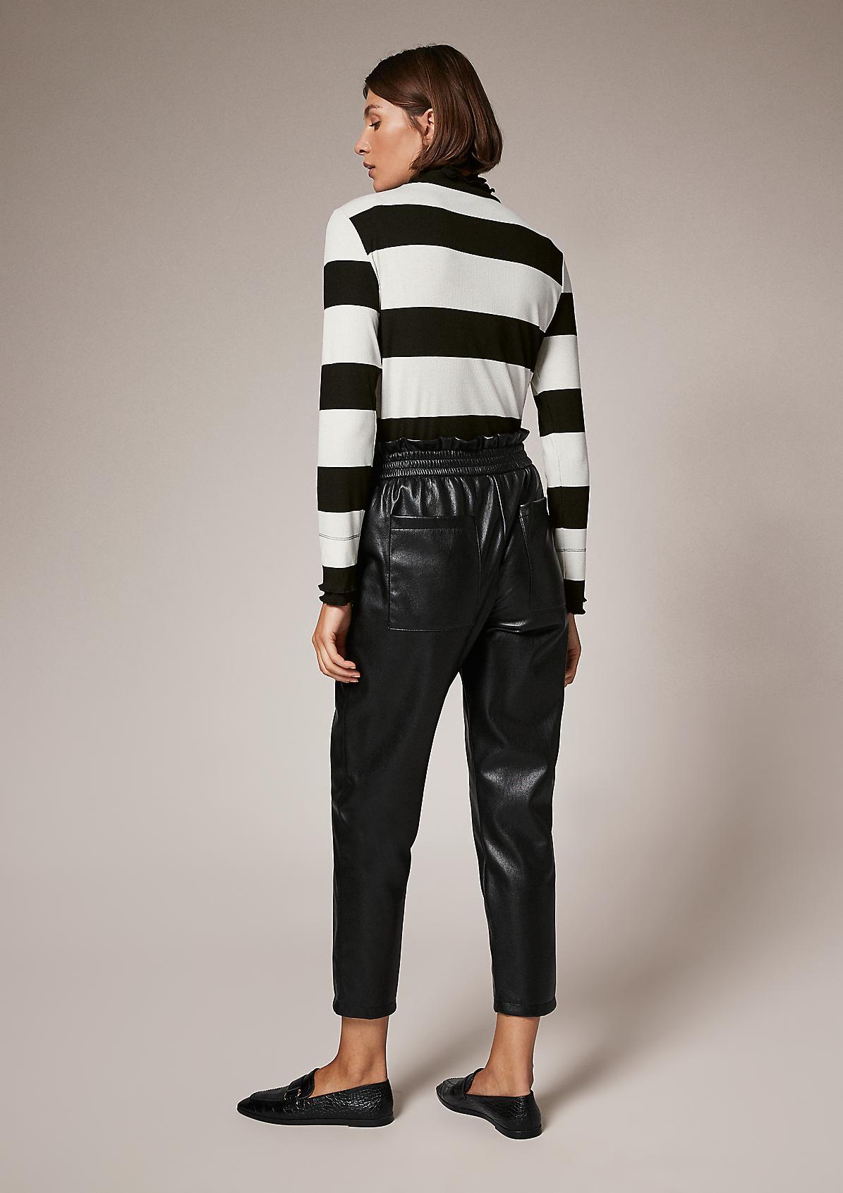 Langarmshirt mit Layer-Kragen