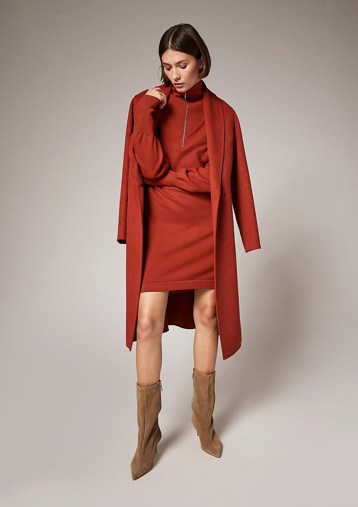Kleid mit Troyer-Ausschnitt