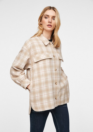 Overshirt with a woven pattern from comma