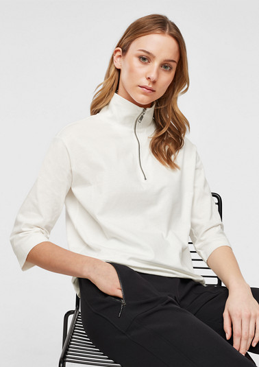 3/4 sleeve top with a high neck from comma
