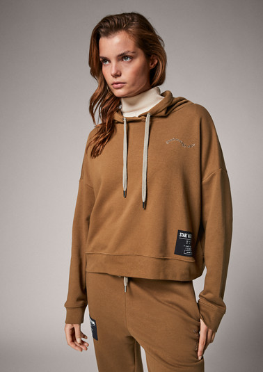 Sweatshirt with embroidery from comma
