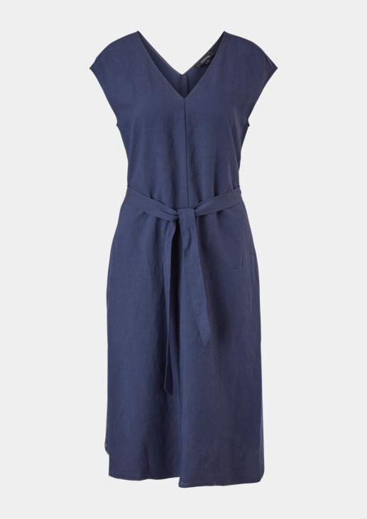 Kleid mit Rückenausschnitt