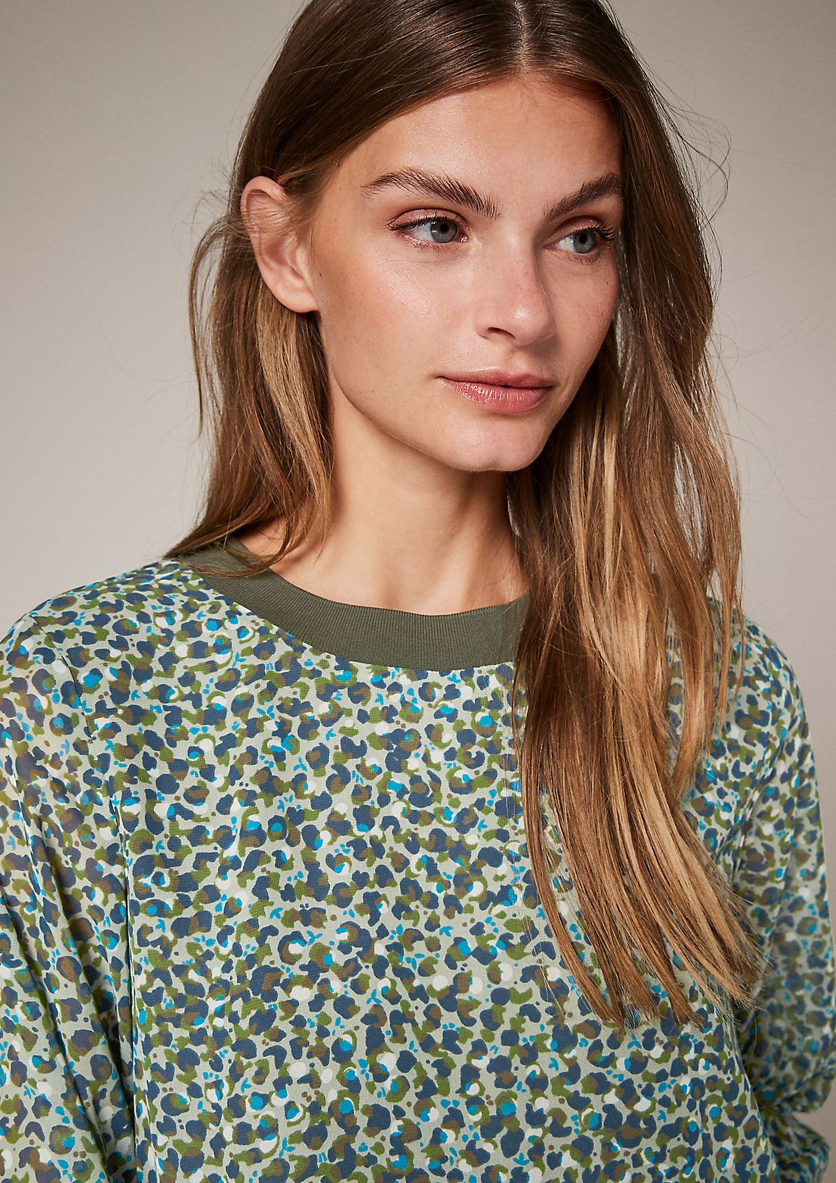 Musterbluse mit Ripp-Details