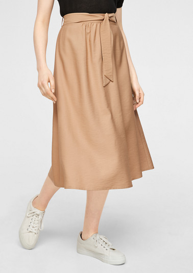 Flared skirt with a tie-around belt from comma