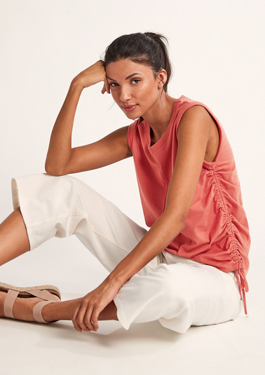 Sleeveless top with drawstring from comma