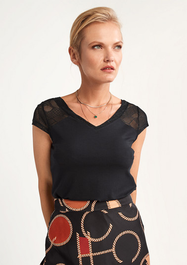 Jersey top with lace details from comma