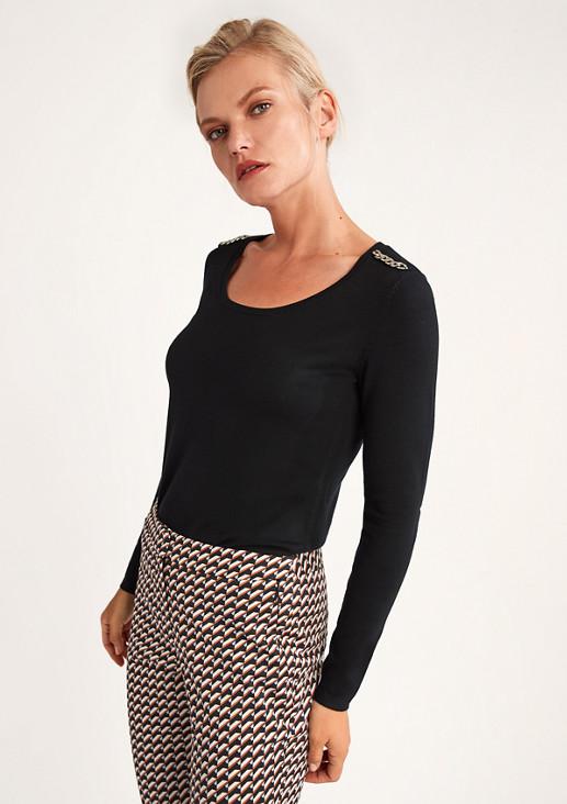 Pullover mit Schmuckdetail