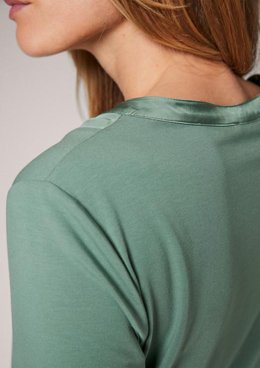 Jerseyshirt mit Satinblende