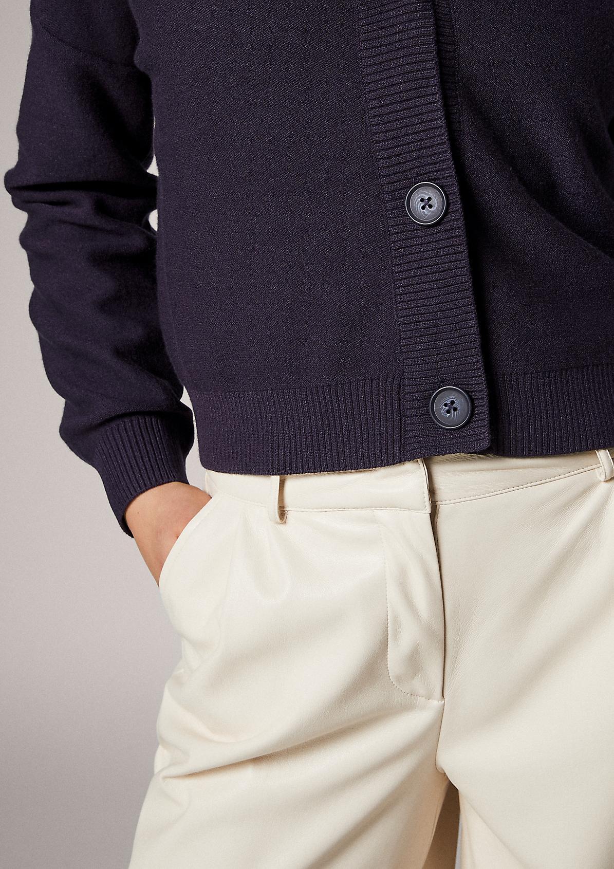 Strickjacke mit Ripp-Details