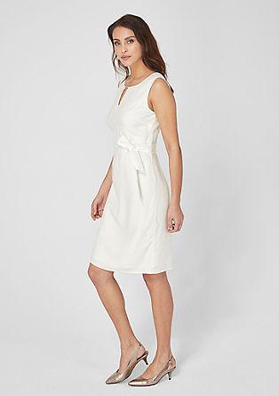 lněné šaty s drapováním
