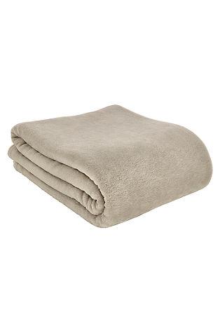 Puhasto mehka odeja z žakardskim vzorcem