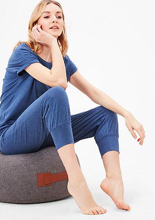 Pohodlné jednodílné pyžamo