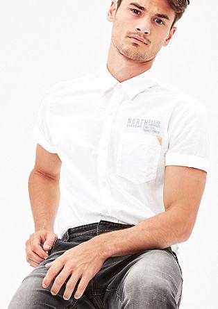 Regular: luchtig overhemd met korte mouwen
