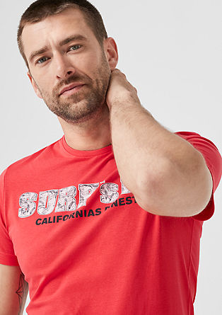 Slim: jersey shirt met tekstprint