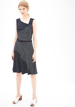 Obleka iz džersija z natisnjenimi rombi