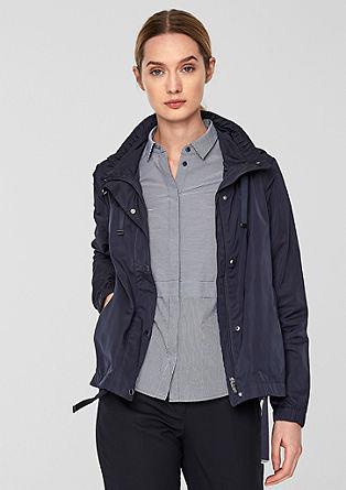 Elegantní bunda sozdobnou páskou