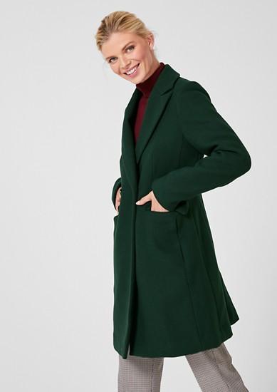 Elegantní kabát slímcem sklopami