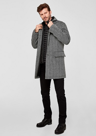 Gewatteerde wollen mantel met een visgraatmotief