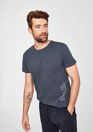 Žerzejové tričko snatištěnou značkou