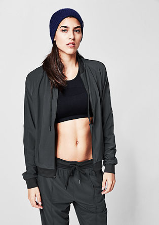 Core: lightweight, stretchy bomber jacket from s.Oliver