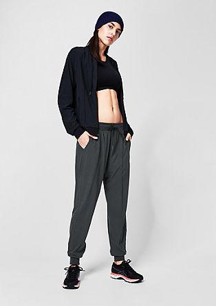 Lockere Sport Pants mit Bündchen
