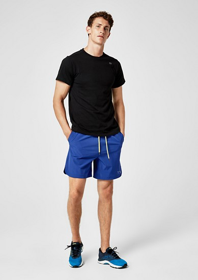 Ultra-lightweight training shorts from s.Oliver