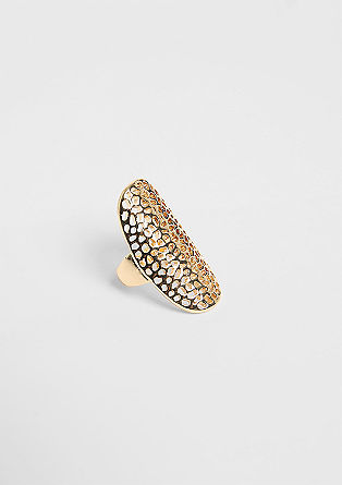 Statement ring from s.Oliver