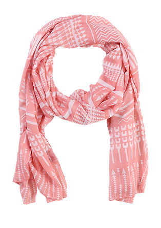 Scarf with a graphic pattern from s.Oliver
