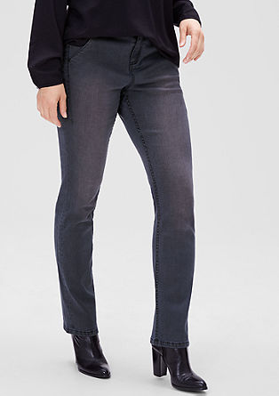 Curvy: coloured stretch jeans from s.Oliver