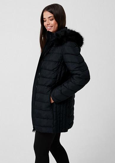Manteau matelassé à capuche en fausse fourrure de s.Oliver