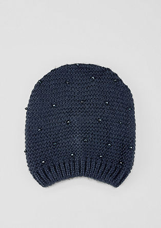 Mütze mit Schmuckperlen