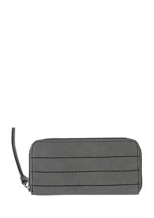 Zip Wallet mit Ziernähten