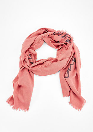 Casual, oversized scarf from s.Oliver