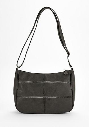 Shoulder Bag mit markanten Nähten